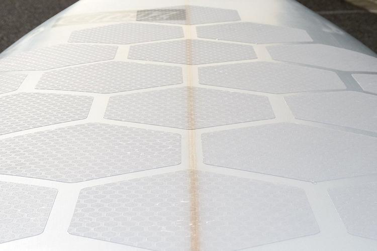 hextraction-board-grips-2