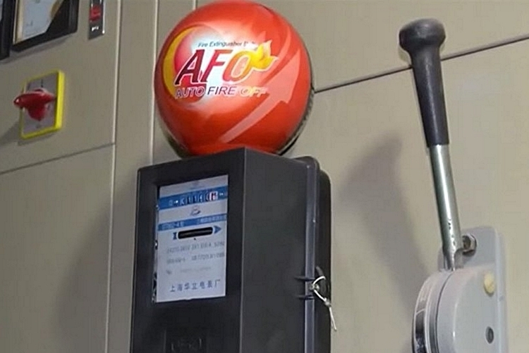 auto-fire-off-extinguisher-ball-2
