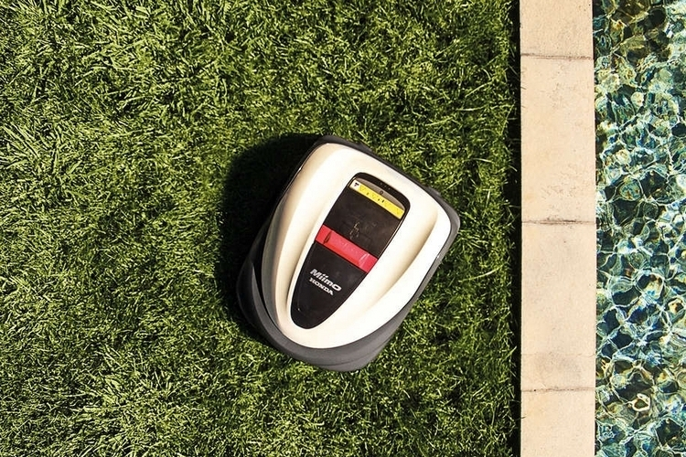 honda-miimo-robot-lawnmower-2