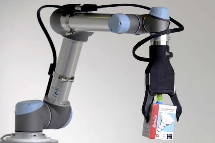 righthand-robotics-rightpick-robot-arm-3