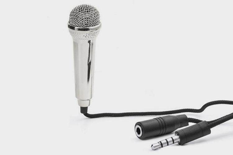 kikkerland-mini-karaoke-microphone-3