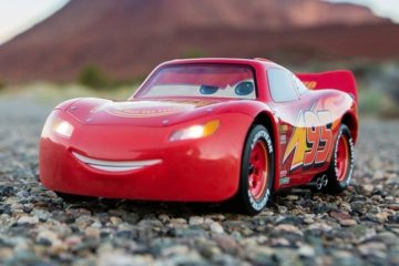 sphero-ultimate-lightning-mcqueen-1