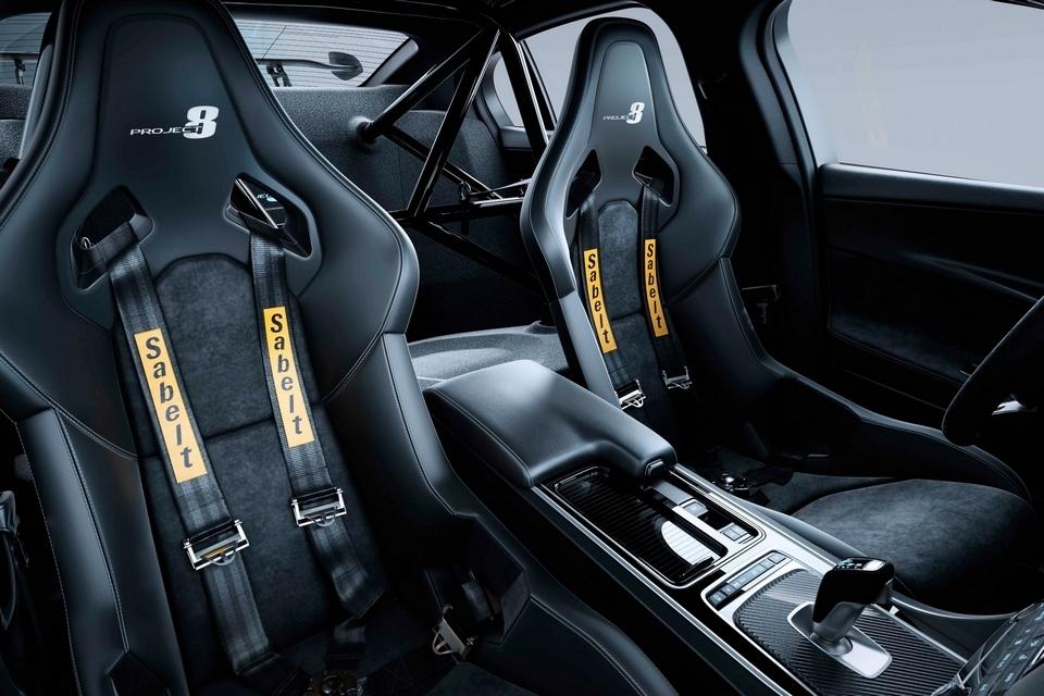 jaguar-xe-sv-project-8-5