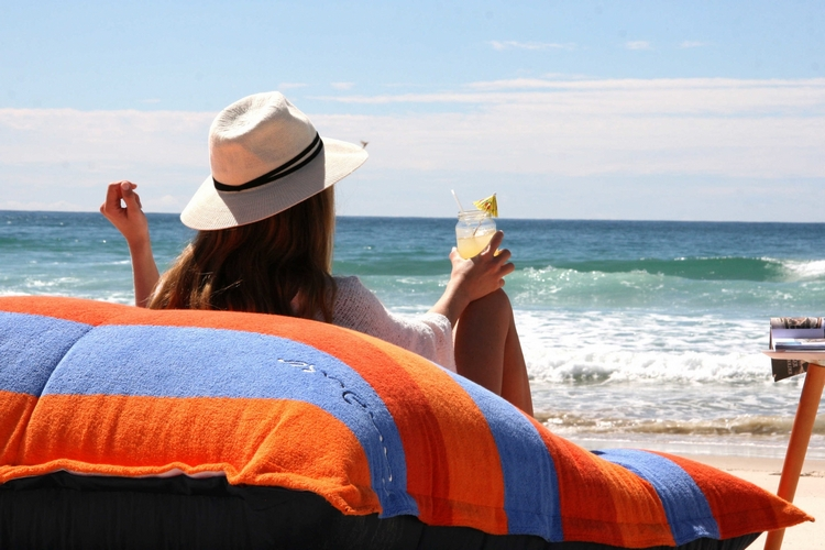 sandusa-beach-towel-bean-bag-3