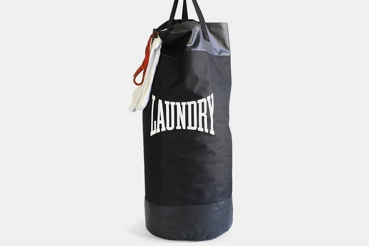 suck-uk-punch-bag-laundry-bag-1