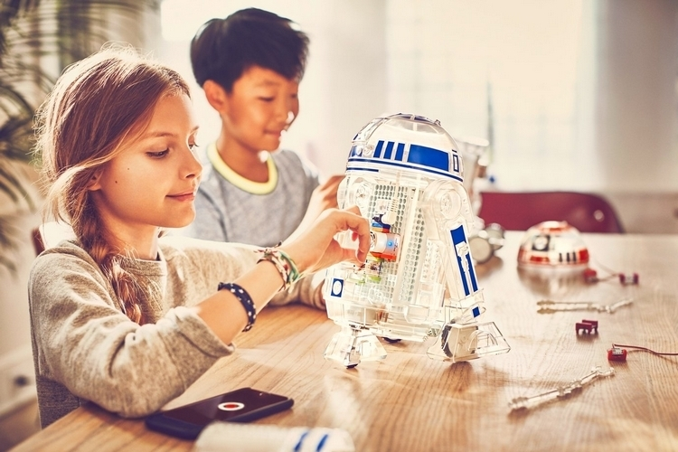 littlebits-star-wars-droid-inventor-kit-4
