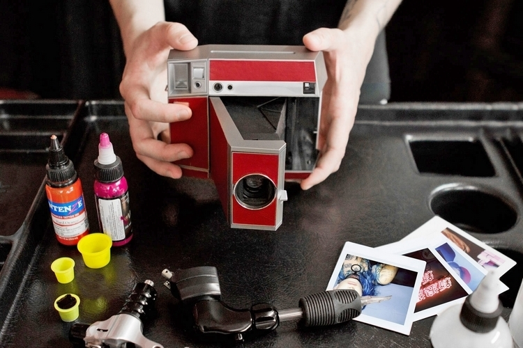 lomography-lomoinstant-square-camera-2