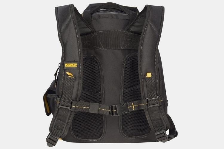 dewalt-lighted-tool-backpack-3
