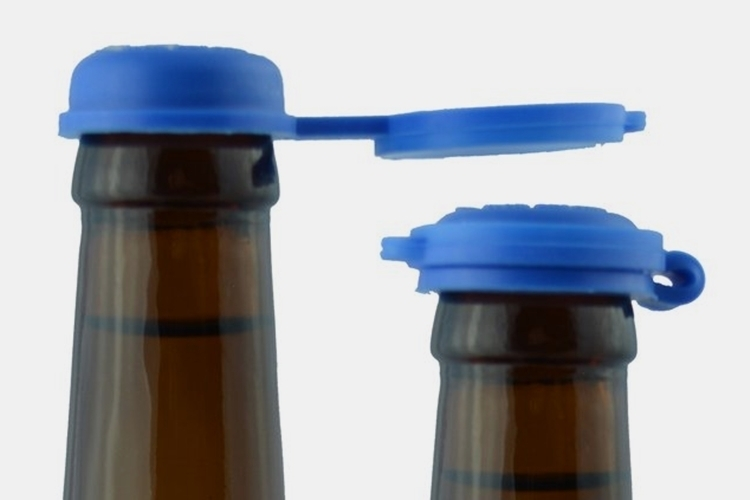 Clutch bottle caps for Cool things to do with beer bottles