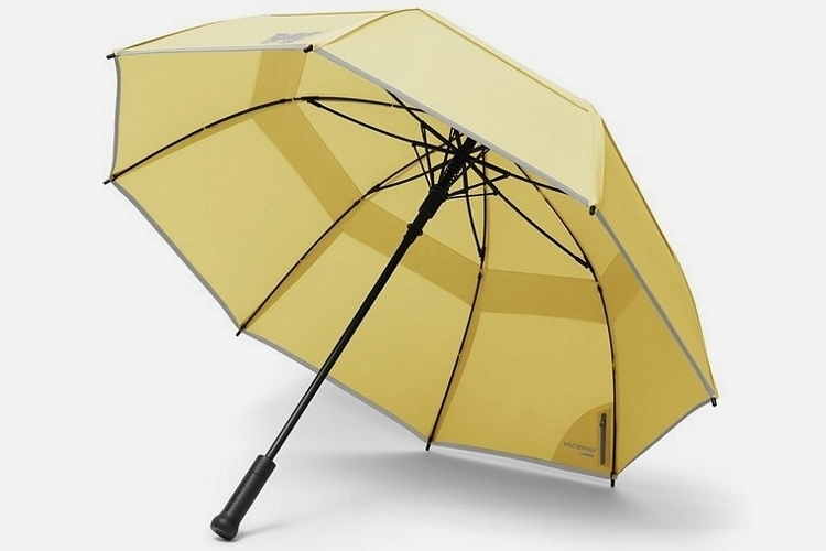 weatherman-umbrellas-1