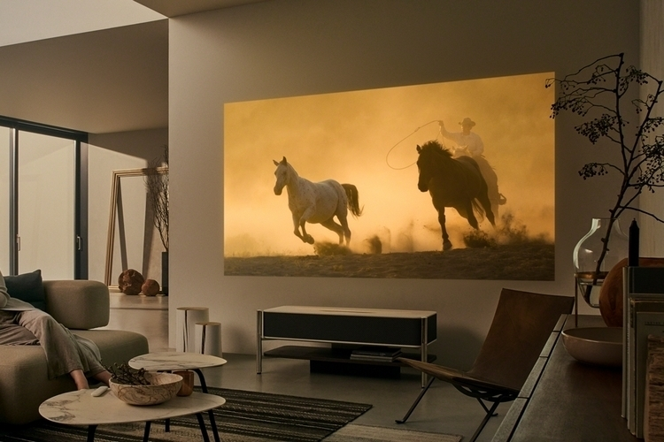 sony-LSPX-A1-4k-ultra-short-throw-projector-2