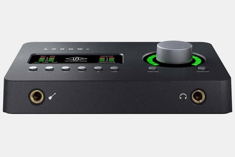 universal-audio-arrow-2