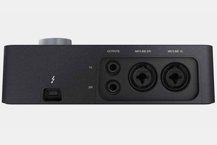 universal-audio-arrow-3