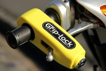 grip-lock-motorcycle-handlebar-lock-2