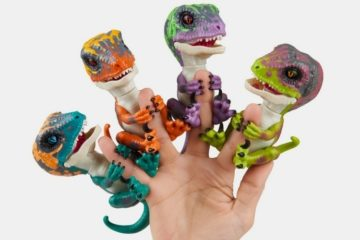 wowwee-untamed-fingerlings-1