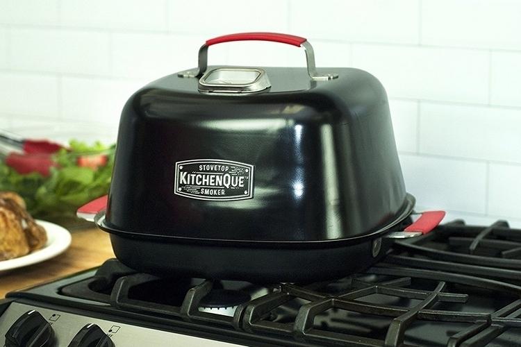 charcoal-companion-kitchenque-stovetop-smoker-1