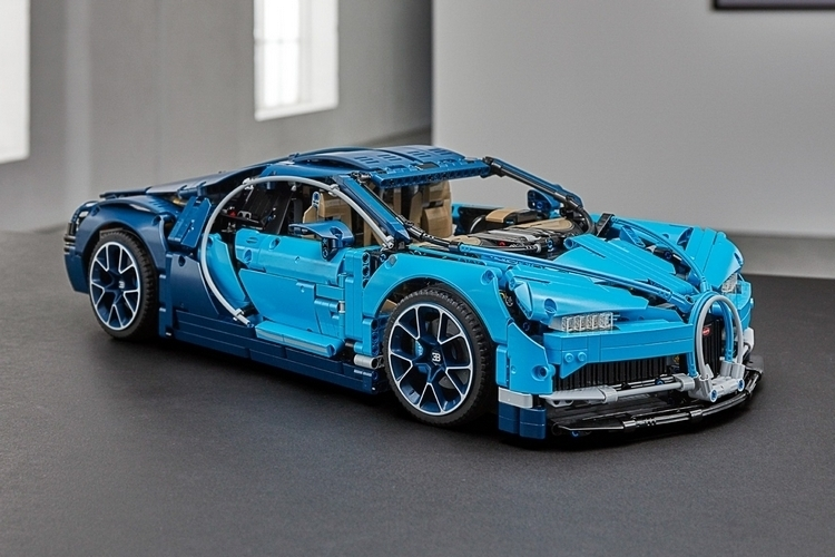 lego technic bugatti chiron. Black Bedroom Furniture Sets. Home Design Ideas