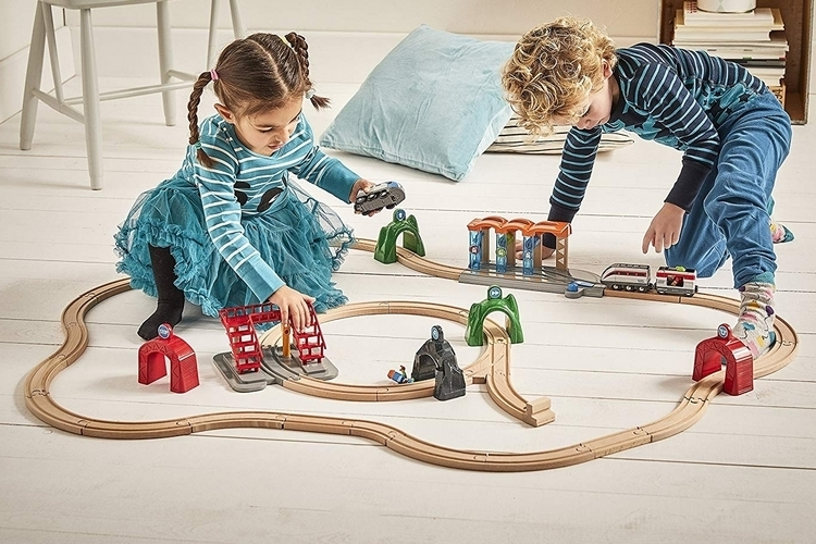 brio-smart-engine-train-4