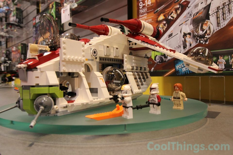 Lego Star Wars Republic Gunship 75021 Pics