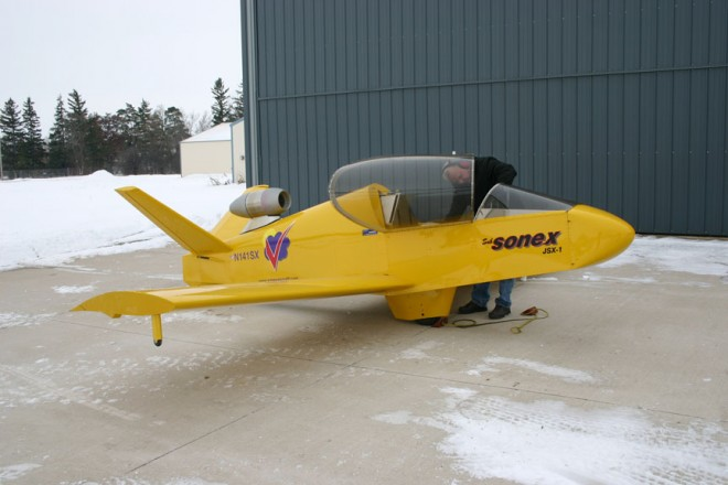 Private Plane With Garage : Subsonex a diy jet plane that can park in your garage