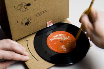 cardboardplayer1