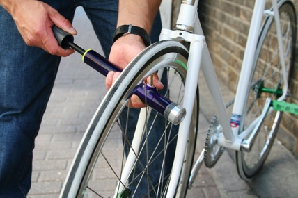 PUYL, A Bike Lamp And Tire Pump Combo
