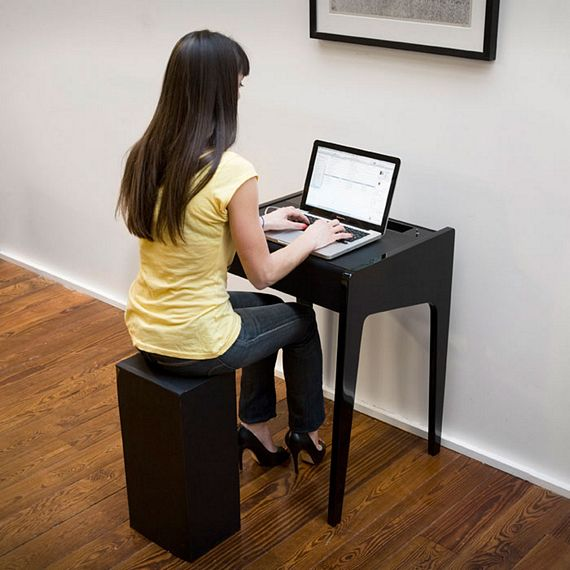 This Laptop Desk Features A Built In Sound System