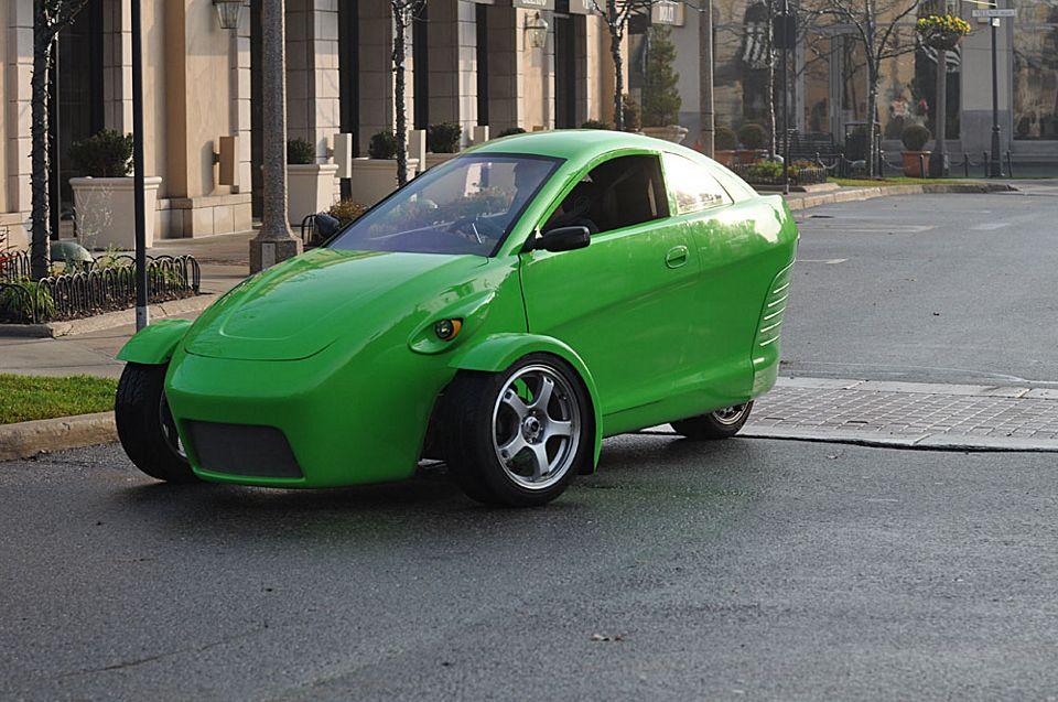 Elio Is A 100 Mph, 84 Mpg Three Wheeled Car For $6800