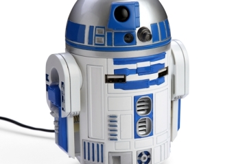 R2D2-USB-Car-Charger-1