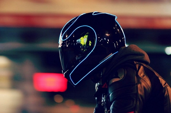 LightMode Turns Motorcycle Helmets Into Futuristic-Looking Light-Up ...
