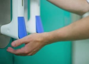 pullclean-door-handle-sanitizer-2