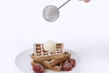oxo-baker-dusting-wand-2