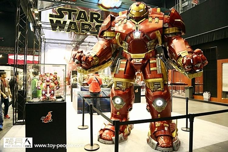 hot-toys-iron-man-hulkbuster-4