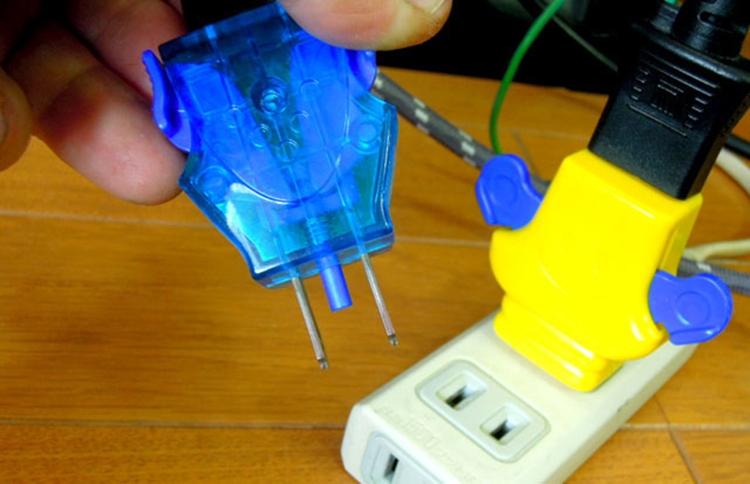 easy-plug-2