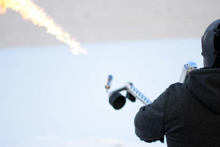xm42-handheld-flamethrower-3