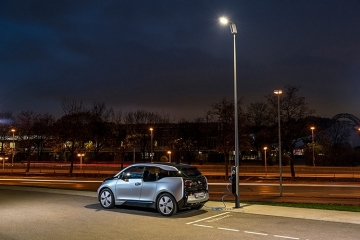 light-and-charge-1