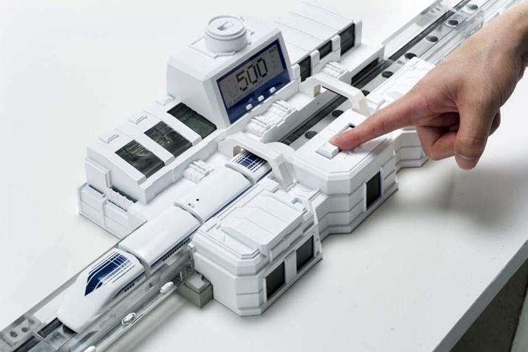 linear-liner-maglev-train-3
