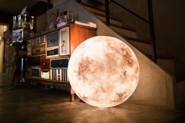 luna-lamp-1