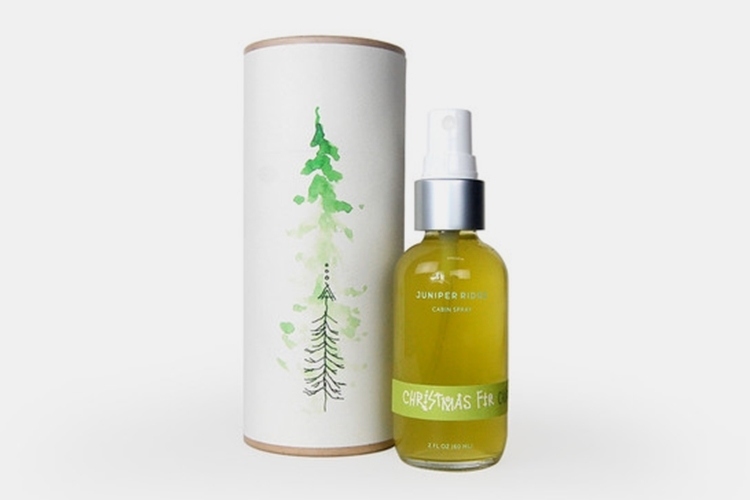 juniper-ridge-christmas-fir-cabin-spray-1