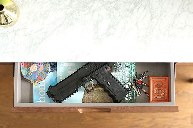 salt-self-defense-gun-2