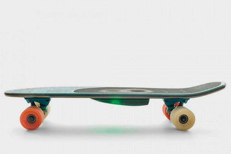 globe-GSB-blazer-skateboard-1