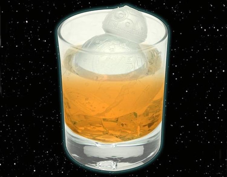 star-wars-bb8-ice-cube-mold-1