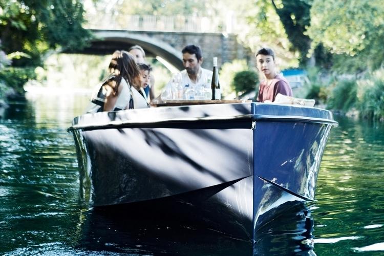 rand-picnic-boat-2