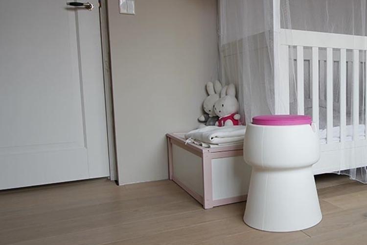 champ-white-stool-3