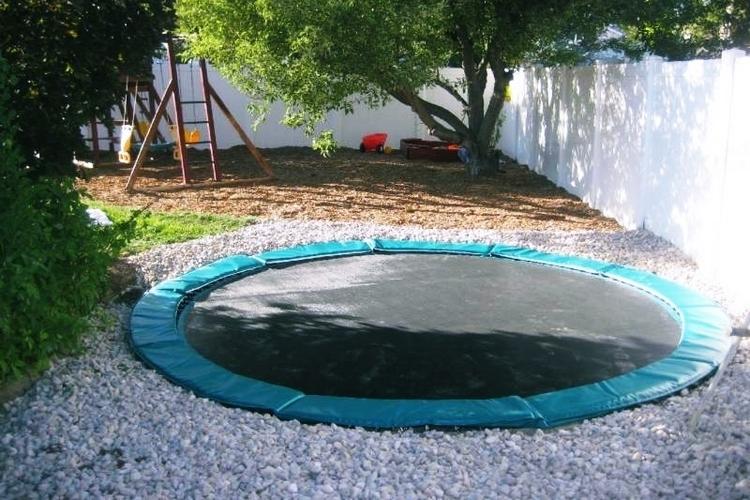 trampolines-down-under-1