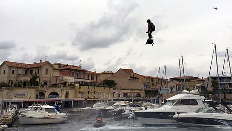 franky-zapata-flyboard-air-guiness-1