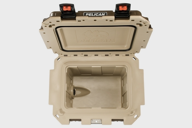 pelican-30qt-elite-cooler-2