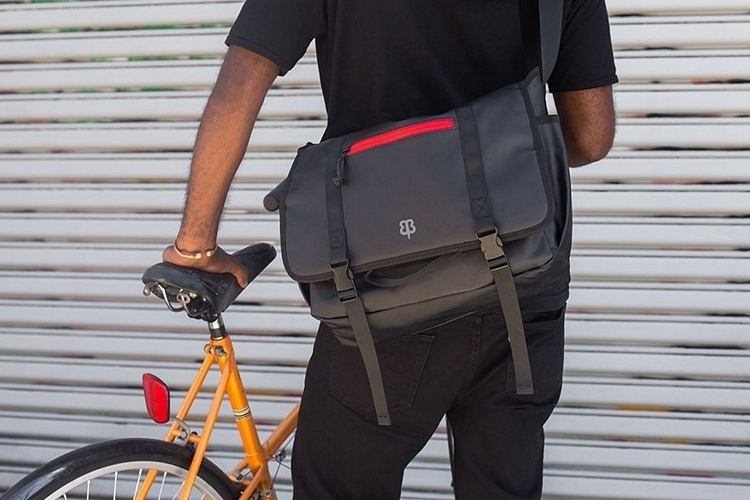 betabrand-flash-bag-3