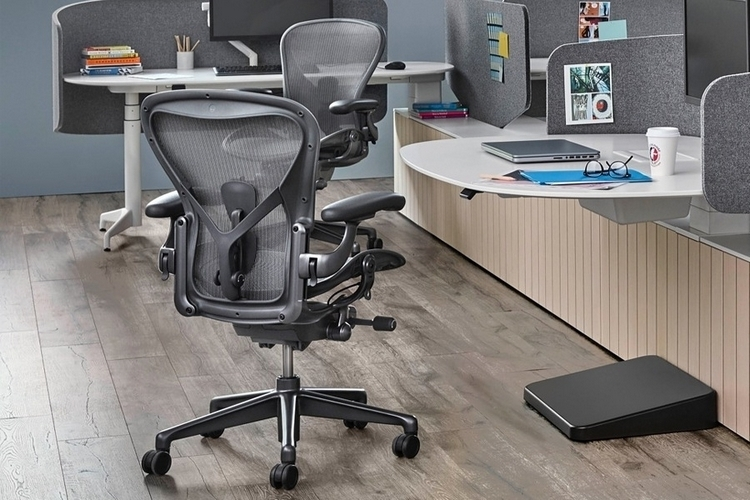herman-miller-aeron-remastered-2