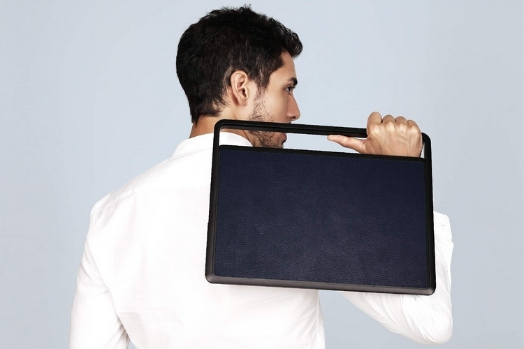 lift-and-go-macbook-carrier-2